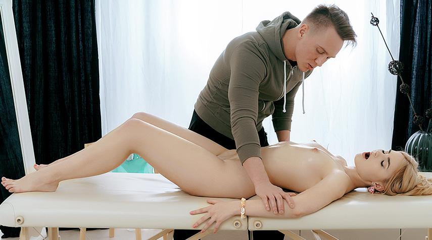 Cute Blondie Craves More Than a Regular Massage