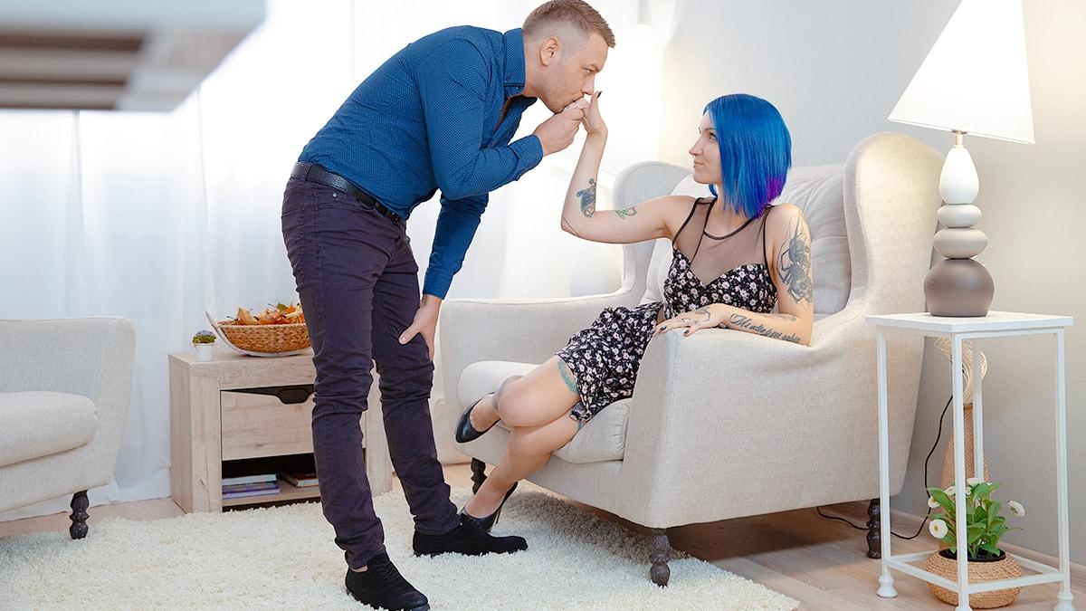 Blue-haired babe enjoys dick on floor
